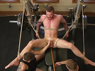 Muscular guy endures rough anal sex during maledom XXX