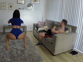 Mind blowing sex at home with my sporty step sis