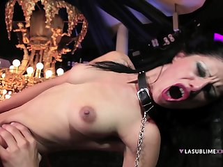 Horny guy fucks pussy and ass of erotic dancer Valentina Canali