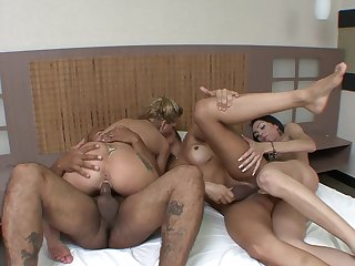 Bi-sexual lovers in dirty shemale foursome