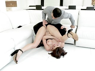 A remarkable anal shag with a nice woman