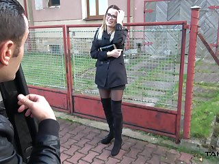 Lascivious chick loves quick cash and her sex game is strong