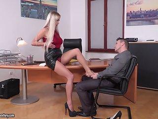 Office threesome with double penetration for secretary Lara Onyx
