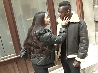 Huge black dick goes wild in stretched anal hole of white GF Mira Cuckold